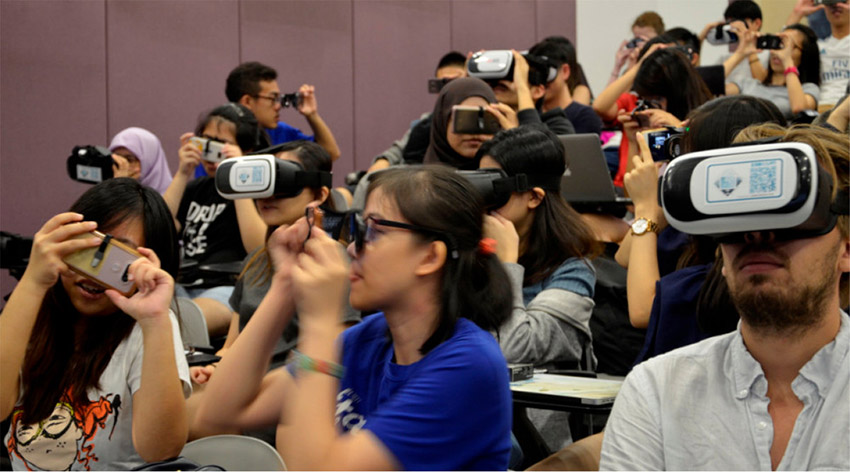 using Virtual Reality in Chemistry Education